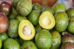 Świeża avocado owoc w jedzenie rynku przy Bangkok, Tajlandia Zdjęcia Royalty Free