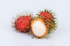 Świeża bliźniarka: bliźniarki słodka wyśmienicie owoc na białym backgro Zdjęcia Royalty Free
