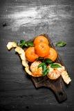 Świeża mandarynka z liśćmi fotografia stock
