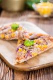Świeża robić tuńczyk pizza Zdjęcia Royalty Free