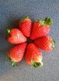 Świeża truskawka na stole, czerwona truskawka, owoc, zdrowy jedzenie Zdjęcia Stock
