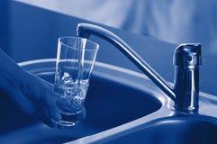 świeża woda z kranu Fotografia Stock