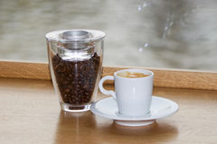 Świeża wyśmienicie kawa z dekoracją Zdjęcie Royalty Free