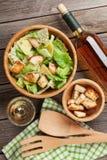Świeża zdrowa Caesar sałatka i biały wino Fotografia Royalty Free