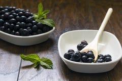 Świeże czarne jagody Zdjęcia Stock