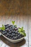 Świeże czarne jagody Fotografia Stock