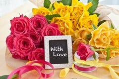 Świeże kolorowe róże obraz royalty free