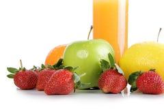 Świeże owoc i sok pomarańczowy obrazy stock
