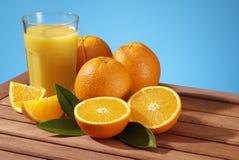 świeże pomarańcze Zdjęcia Royalty Free