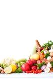 świeże warzywa koszykowi Obraz Royalty Free