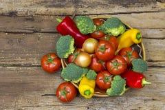 świeże warzywa misek fotografia stock