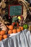 świeże warzywa sprzedawca Obraz Royalty Free