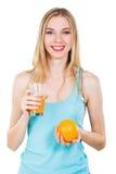 świeżego dziewczyny soku urocza pomarańcze obrazy royalty free