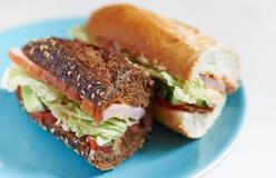 Świeżego mięsa i warzyw kanapki Zdjęcia Royalty Free