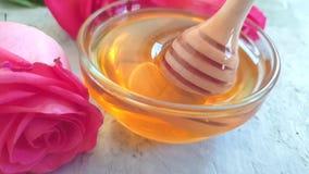 Świeżego miodowego kwiatu zwolnionego tempa różany cukierki zbiory