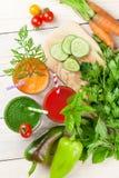 Świeżego warzywa smoothie Pomidor, ogórek, marchewka Obrazy Royalty Free