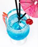 Świeżość koktajl z lodem w szkle z pić słomę zdjęcie stock
