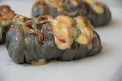 Świeżość węgla drzewnego serowy chleb z majonezem obrazy stock