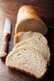 Świeżo piec chlebów plasterki Fotografia Stock