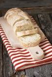 Świeżo piec tradycyjny ciabatta chleb zdjęcie royalty free