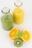 Świeżo przygotowany owocowy sok obrazy stock