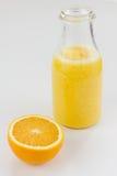 Świeżo przygotowany owocowy sok fotografia stock
