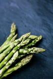 Świeży życiorys zielony asparagus Zdjęcia Royalty Free