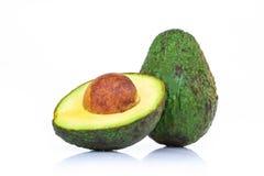 Świeży avocado plasterek odizolowywający na białym tle zdjęcia royalty free
