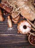 Świeży crispy chlebów piec bochenek i Obrazy Stock