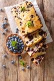 Świeży czarna jagoda bochenek chleba słodka bułeczka tort z nowym zbliżeniem ver Obraz Royalty Free