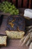 Świeży Domowej roboty Makowego ziarna chleb Fotografia Stock