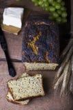 Świeży Domowej roboty Makowego ziarna chleb Zdjęcia Royalty Free