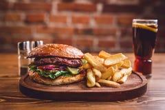 Świeży hamburgeru zbliżenie Obrazy Stock