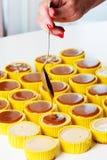 Świeży i smakowity karmelu cheesecake Obrazy Stock