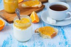 Pomarańczowy śniadanie Fotografia Stock