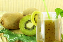 Świeży kiwi owocowy sok z kiwi ruit Obraz Royalty Free
