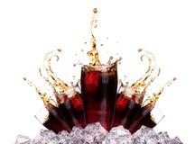 Świeży kola napoju tło z lodem obraz royalty free