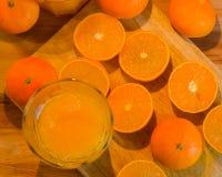 Świeży mandarynka sok fotografia stock