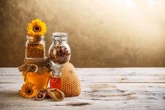 Świeży miód zdjęcie royalty free