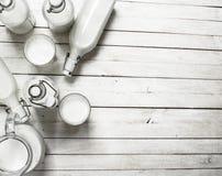 Świeży mleko w butelkach Zdjęcie Royalty Free