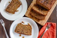 Świeży Piec Zucchini i Cynamonowy chleb Obraz Stock