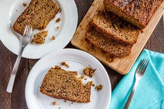 Świeży Piec Zucchini i Cynamonowy chleb Obrazy Royalty Free