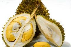 Świeży Rżnięty Durian na białym tle, zakończenie widok Durian, Durian braja, Durian D158 zdjęcie royalty free
