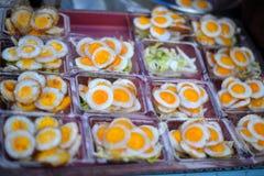 Świeży Smażący przepiórek jajek azjata, Thailand Obrazy Royalty Free