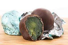 Świeży (uncooked) czupirzy w czekoladzie Zdjęcia Stock