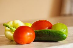 Świeży warzywo na stole Zdjęcia Royalty Free