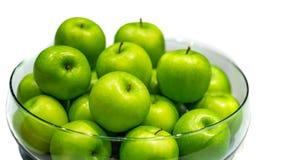 Świeży Zielony Apple W pucharze zdjęcie stock