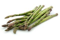 Świeży zielony asparagus na białym tle zdjęcie royalty free