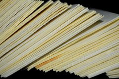 Świeży zielony capsicum, dzwonkowy pieprz lub pieprz z białym tłem zdjęcia stock
