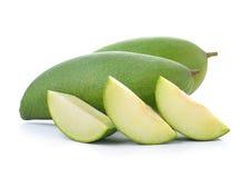Świeży zielony mango na białym tle Fotografia Stock
